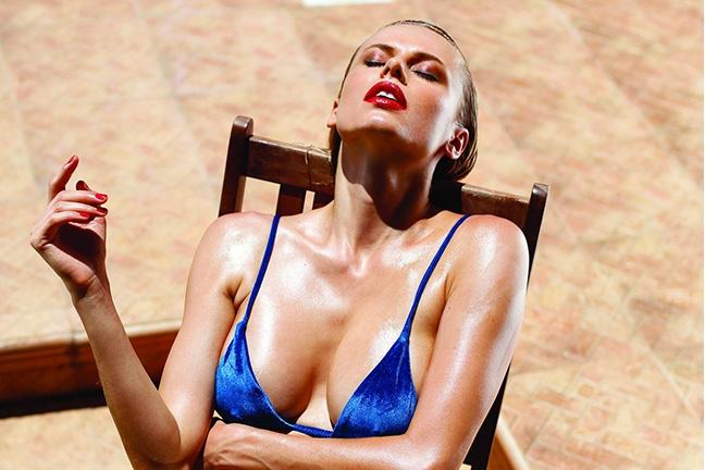 Olga De Mar in Playboy Portugal