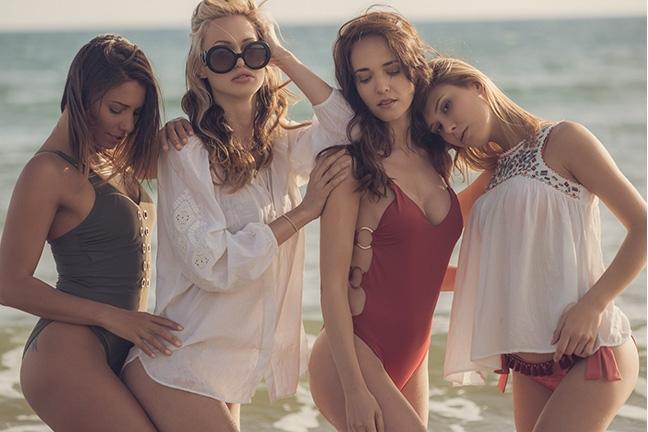 Bianka, Anetta, Zita and Emily in Sundown Sensations