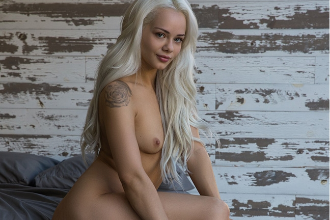 Elsa Jean in Up to Something