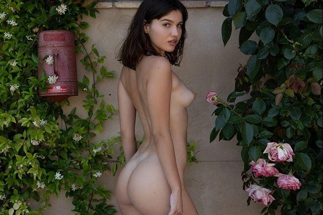 Laura Devushcat in Unmatched Elegance