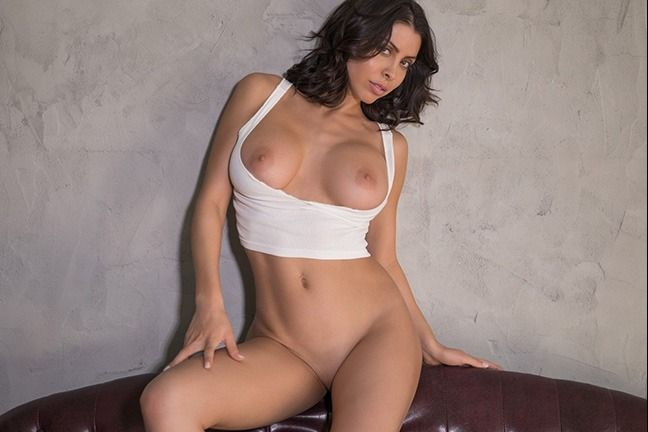 Divina in Letting Loose