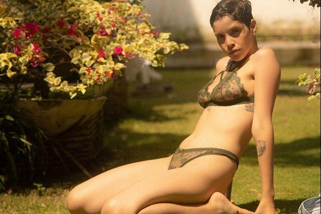 Alejandra La Torre in Keeping Cool