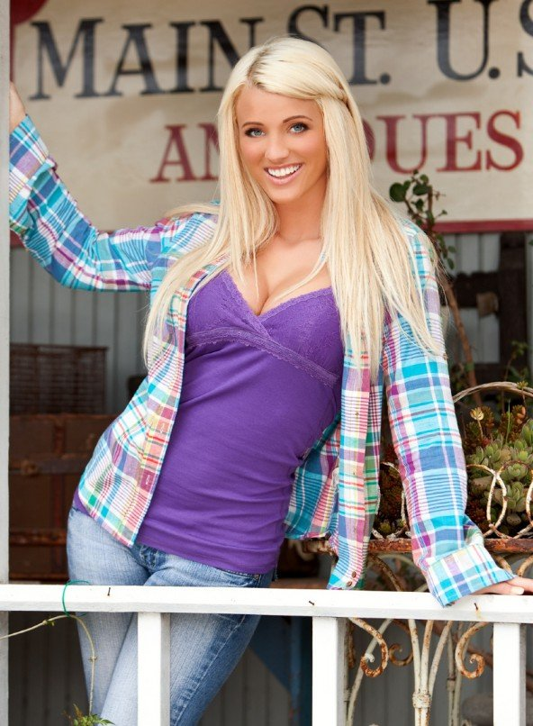 Playmate of the Month September 2010 - Olivia Paige