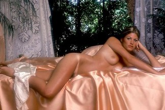 Playmate of the Month December 1974 - Janice Raymond
