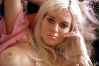 Playmate of the Month November 1970 - Avis Miller