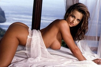 Playmate of the Year 1998 - Karen McDougal 01