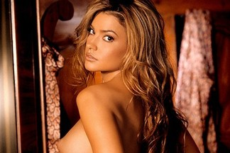 Playmate of the Month March 2006 - Monica Leigh