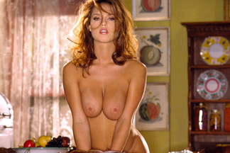 Playmate of the Month November 2001 - Lindsey Vuolo