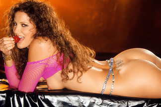 Playmate Exclusive August 2003 - Colleen Marie