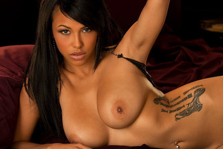 Playmate Exclusive February 2011 - Kylie Johnson
