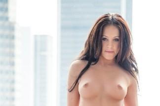 Amateur - Victoria James