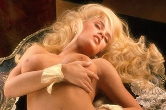 Playmate of the Year 1994 - Jenny McCarthy