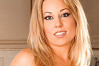 Coed of the Month - August 2006: Brittney Leigh 03