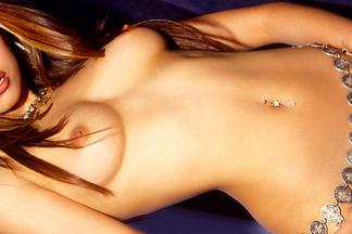 Cyber Girl of the Week - December 2004 - Yen Hoang