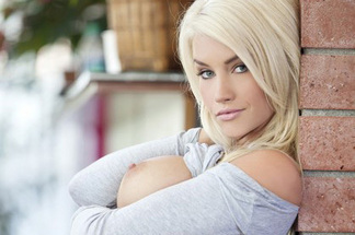Taylor Seinturier - Cybergirl Of The Month July 2012 - Blonde Lust