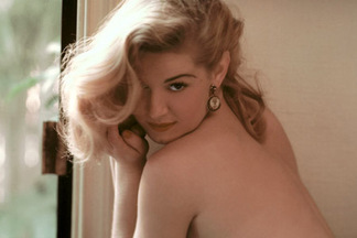 Playmate of the Month April 1955 - Marilyn Waltz