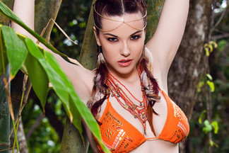 Cybergirl of the Year 2014 Elizabeth Marxs in Tropic