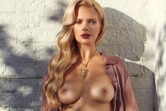 Stephanie Branton in Temptation