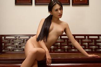 Wu Muxi in Breaking Tradition