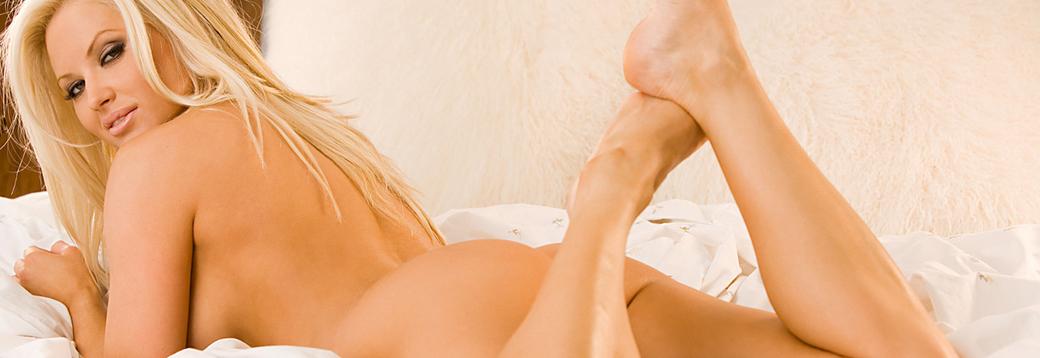 Girls sucking naked