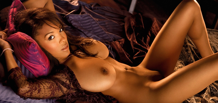 Desi pakistani girls taking nude pics