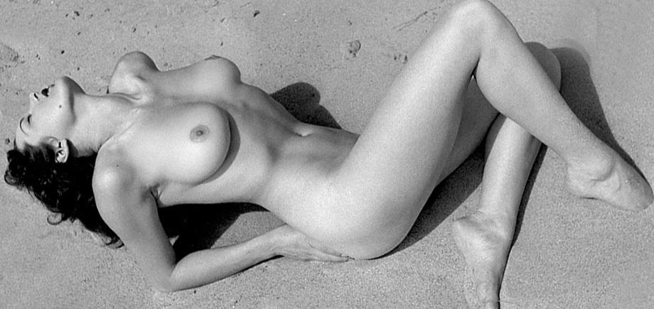 joanne arnold nude